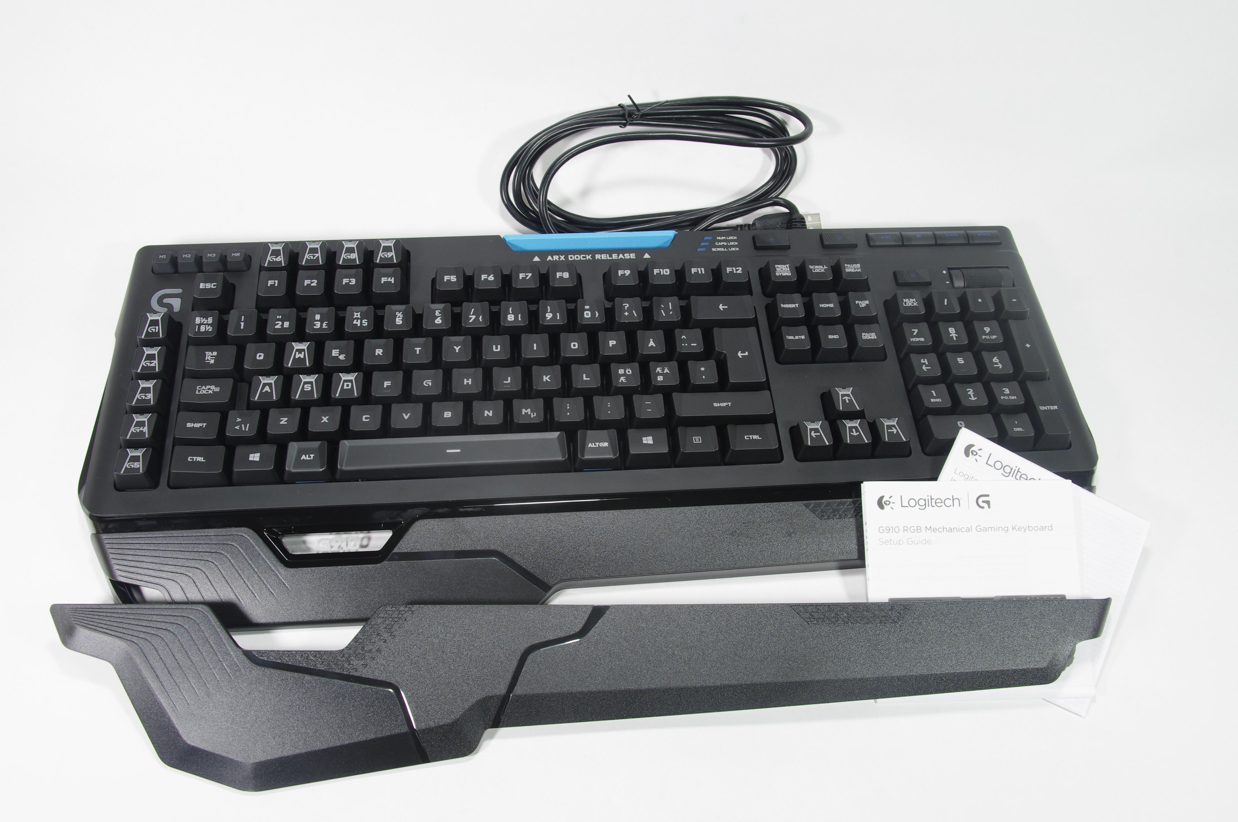 Logitech G910 - Представяне